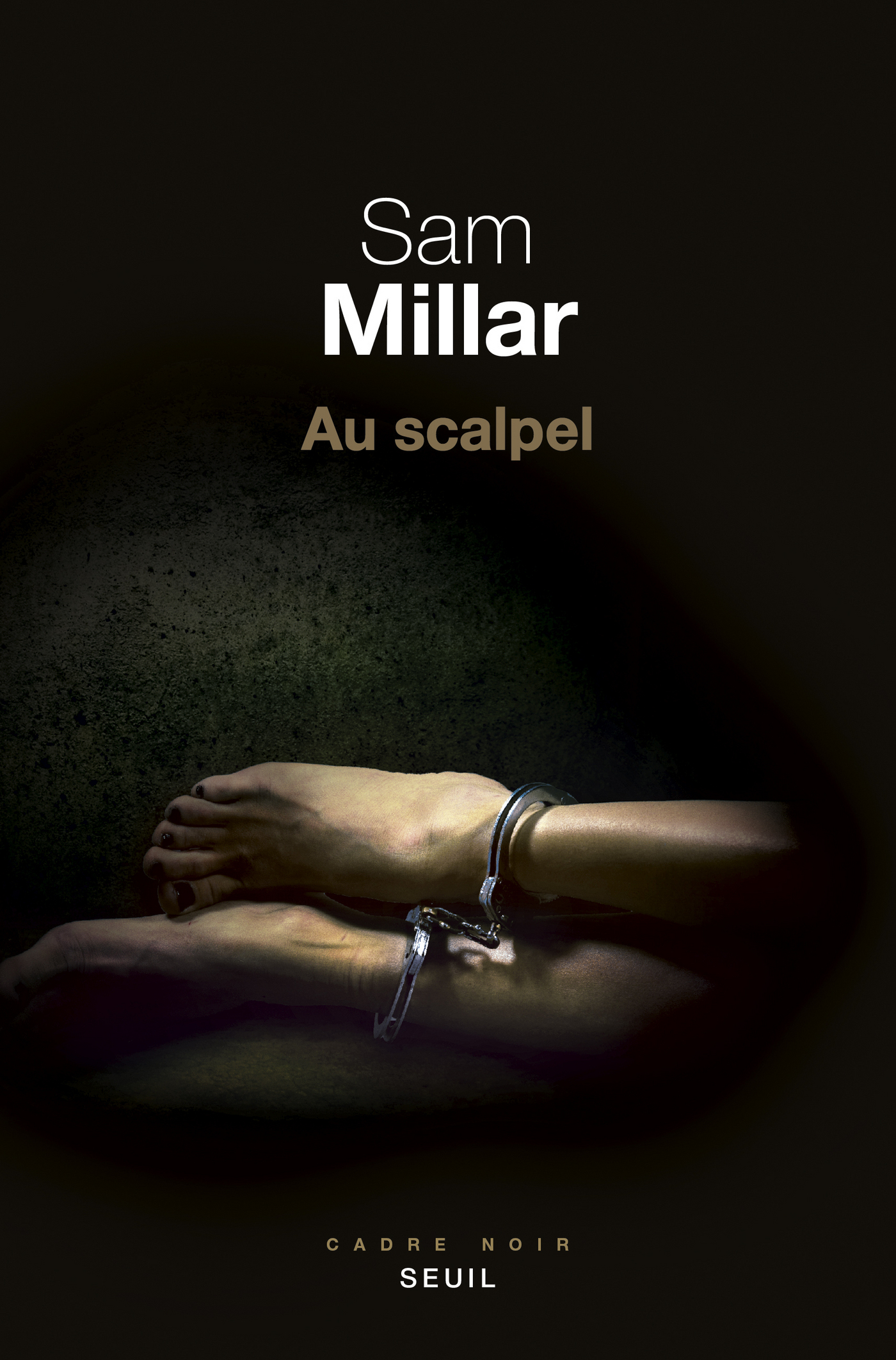 Au scalpel