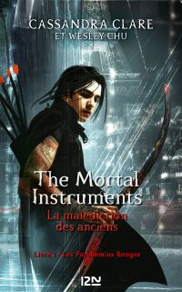 Image de couverture (The Mortal Instruments - La malédiction des anciens - tome 1 : Les parchemins magiques)